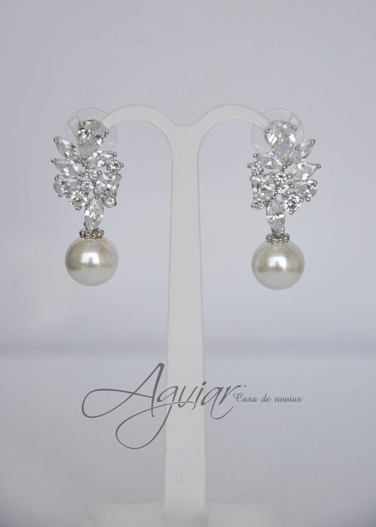 Aretes de perla con zirconia!  #aretes #boda #bride #accesorie