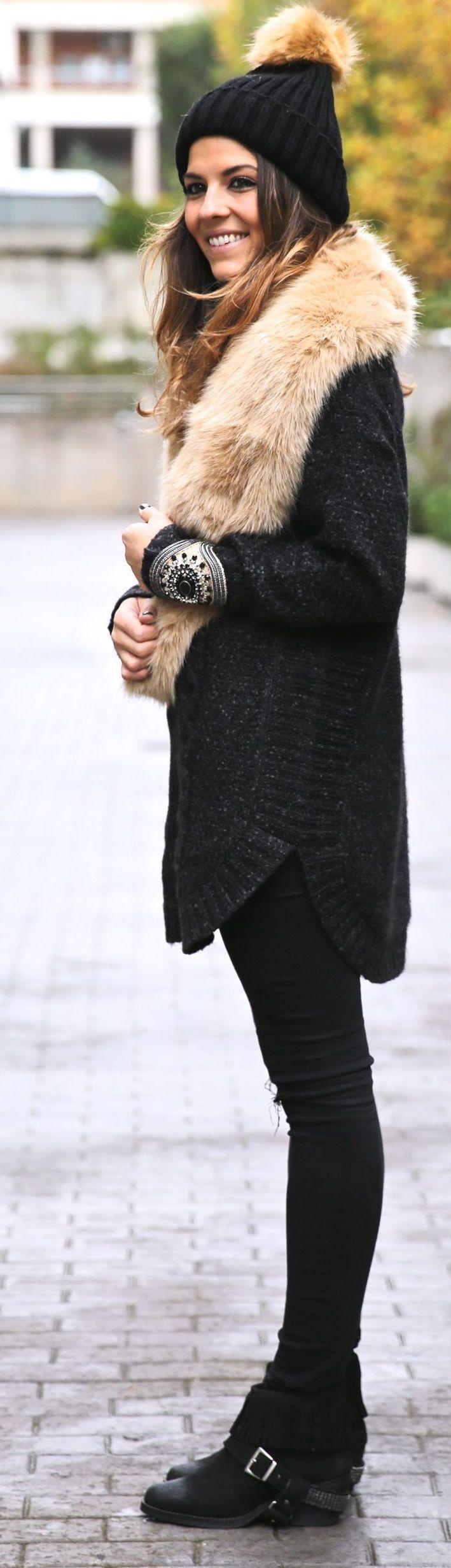 Black And Camel Faux Fur Collar Coat by TrendyTaste