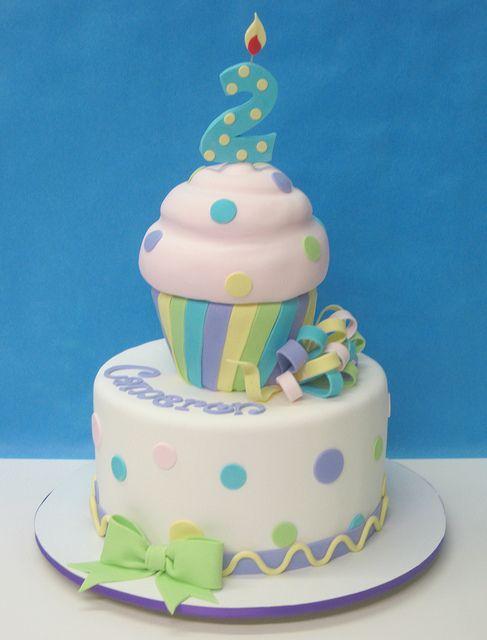 Tartas de cumpleaños - Birthday Cake - Cupcake by LovelyCakes.net