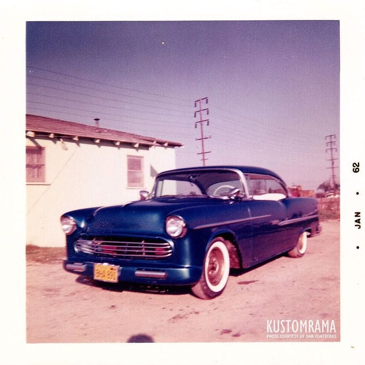 In 1959 Henry Contreras' #1955ChevroletCustom was featured in the May issue of Custom Cars Magazine. This version was restyled by #BransonsCustomShop and it featured a bumperless front end design 1956 Packard taillight lenses and a brilliant red paint job. By January of 1962 the car had been painted Blue and it had been fit with a tube grille #NorwalkCustom #CaliforniaCustom #Kustomrama #theroddersjournal #hopuplive #hamb #gasolinemagazine