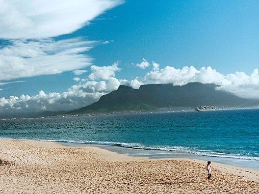 Blouberg Beach, view of Table Mountain.