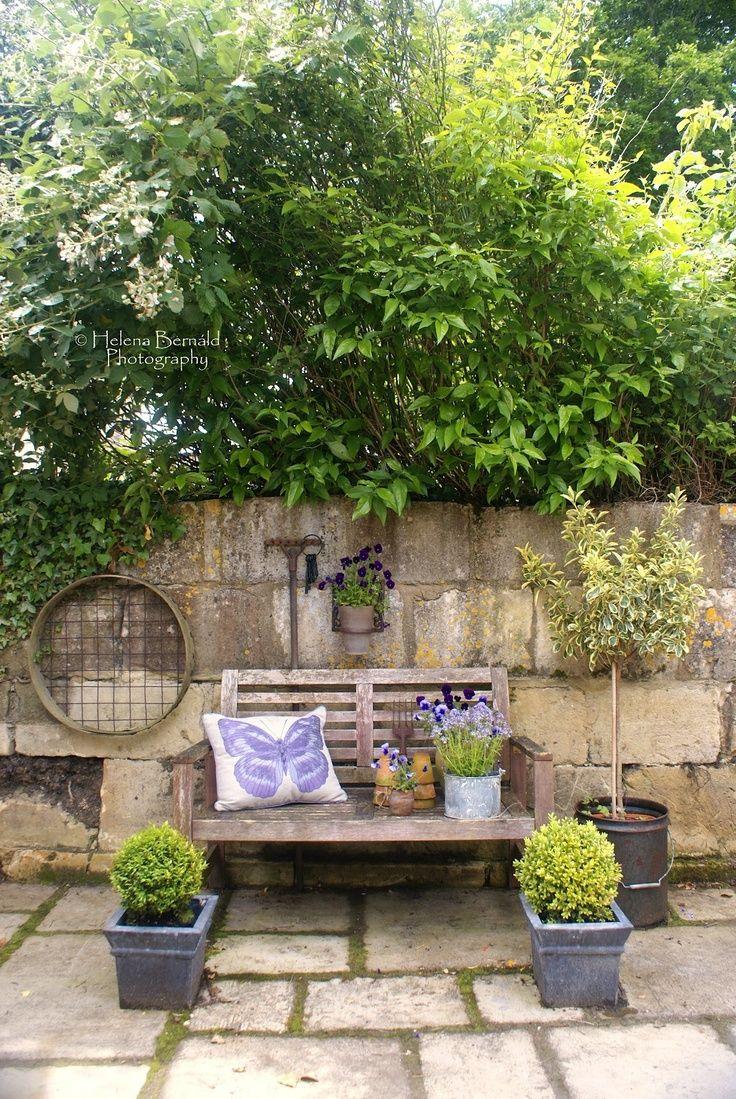 Outdoor Living Area best 20+ outdoor sitting areas ideas on pinterest | garden fire