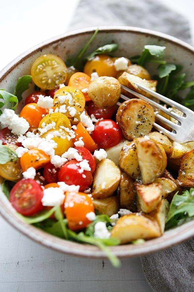 Kartoffel Power Bowl mit Knoblauch-Olivenöl Dressing – Kartoffeln & Süßkartoffeln