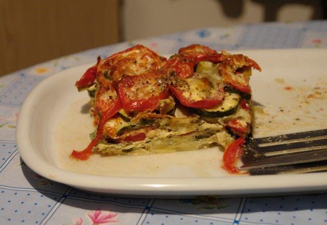 Mediterrán rakott zöldség recept képpel. Hozzávalók és az elkészítés részletes leírása. A mediterrán rakott zöldség elkészítési ideje: 50 perc