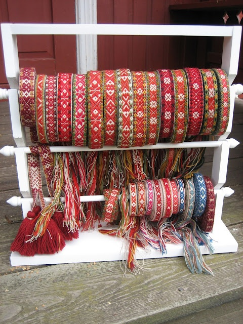 Spectacular array of hand woven bunad belts. Oh, how I love this!!!