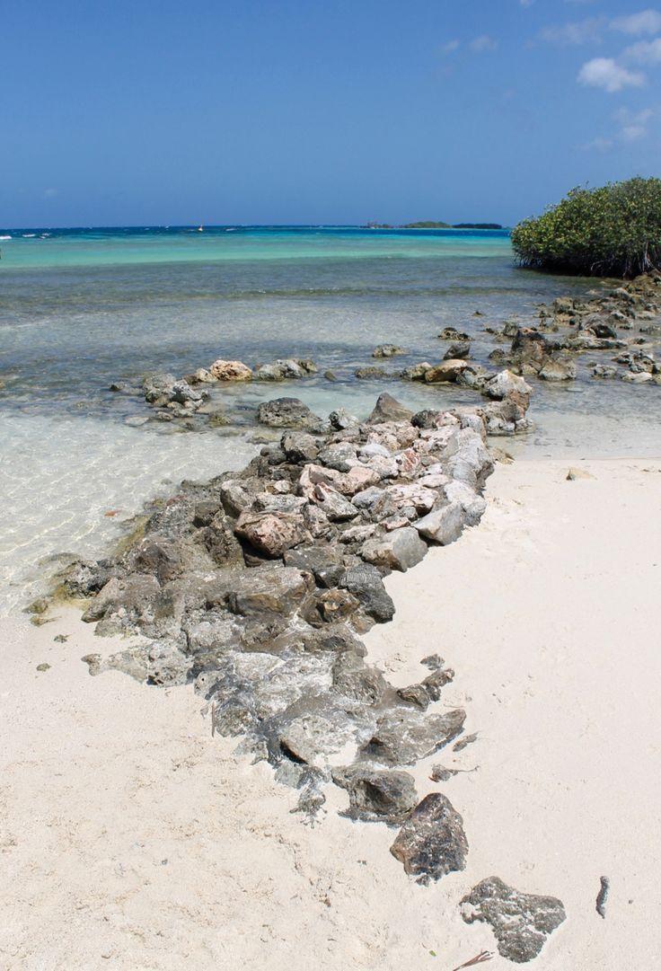 IP02: Mangel Halto bevindt zich aan de zuidoostkust in Pos Chiquito, net ten zuiden van het Spaans Lagoen. Een heerlijke plek om te picknicken, zonnebaden, kustduiken en snorkelen.