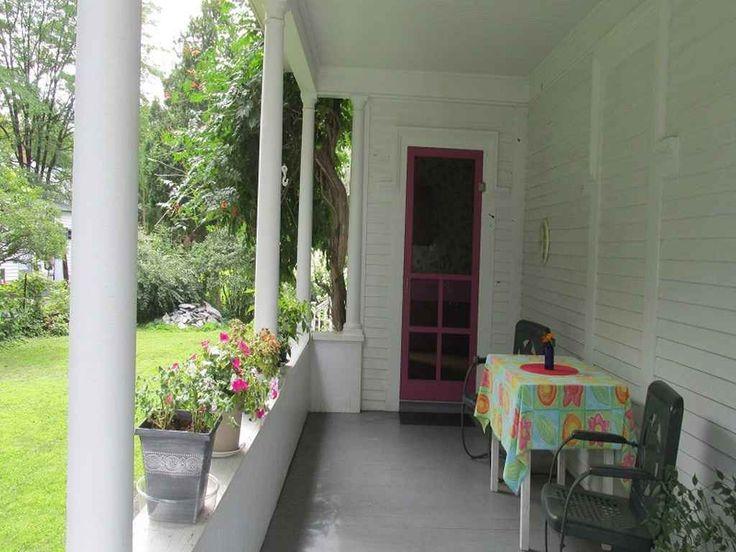 11 Pine St, Windsor, VT 05089