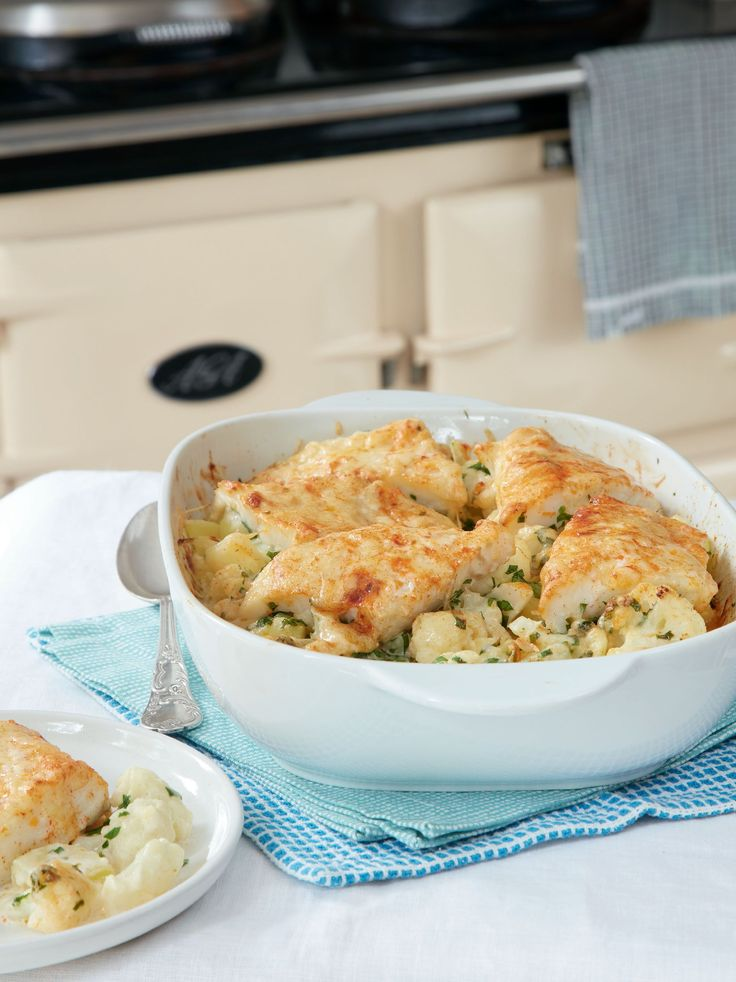 This simple smoked haddock recipe from Mary Berry Everyday is an easy and comforting dinner recipe. A delicious combination of a fish pie and cauliflower cheese, this recipe can be assembled ahead of time and is perfect for easy entertaining.