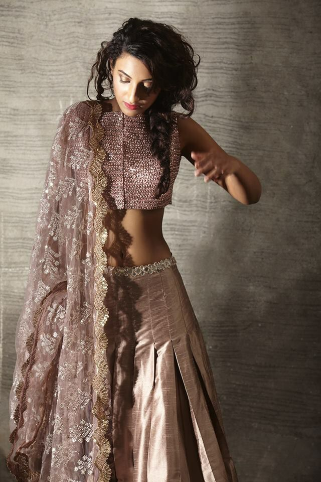 Gorgeous detailing work | Indian wedding wear | Lovely Colors | Best of India's Fashion