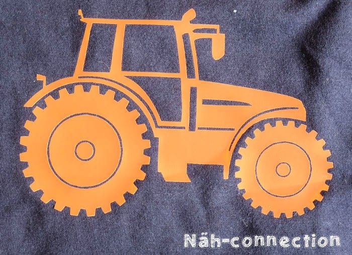 Tractor plotter freebie/printable/freezer stencil / Traktor Freebie für Plotter & Co. - Näh-connection