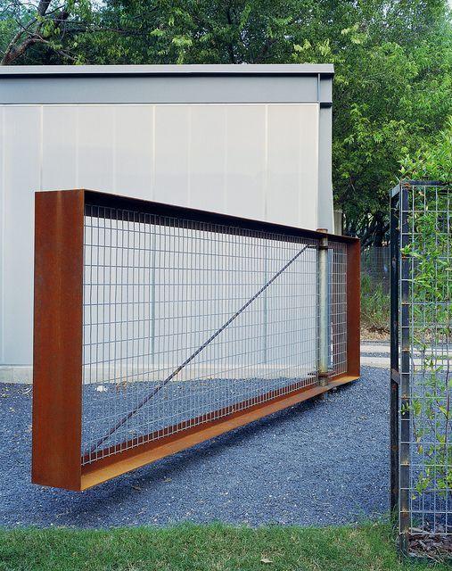 Cor ten + mesh gate