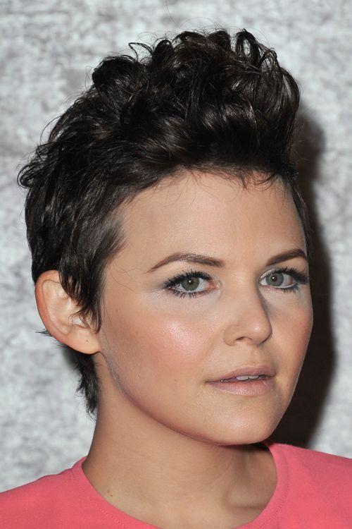 21 einzigartige Frisuren für kurzes Haar, rundes Gesicht - einfache Frisuren für kurzes Haar ..., #easy