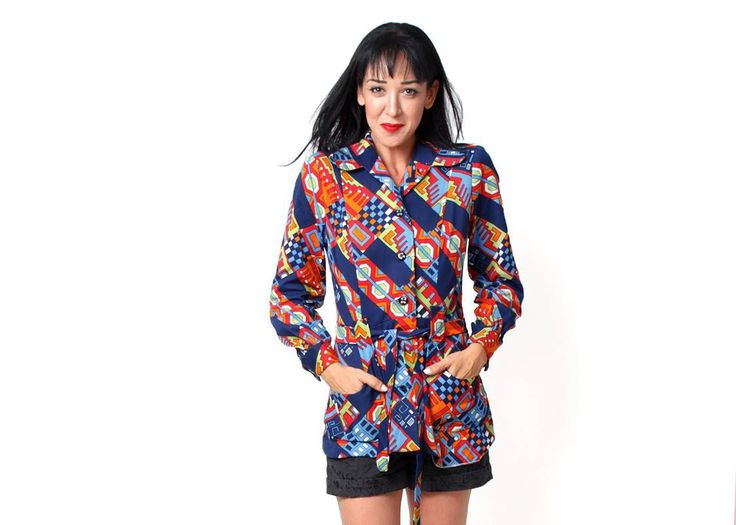 Vintage Clothing 60s shirt blue Red Large geometric - Retro bohemian blouse - Ties at the waist - 60s blouse #clothing #women #blouse #colorfulshirt #blouseshirt #hippiemod #bohoclothing #hipstershirt #60sshirt