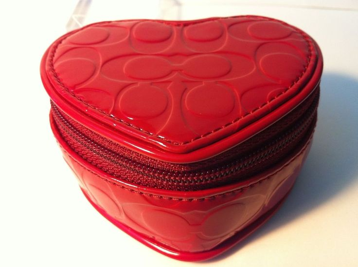 COACH TRAVEL JEWELRY BOX: EMBOSSED LIQUID GLOSS HEART SHAPED- BRAND NEW W/TAGS