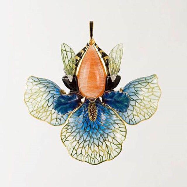 "Pendant ""Iris"", gold, enamel, opal, agates"