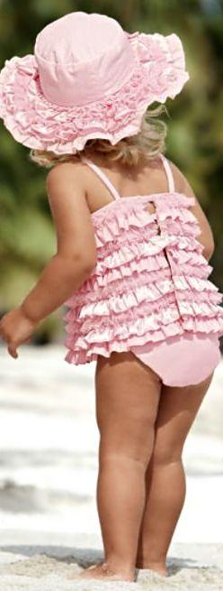 Rosamaria G Frangini | Pink Desire | by Mary Rose | APinkAffair | girl pink charming