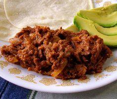 Tacos o tostadas de tinga - ¡qué rico pican!: La tinga de res es muy buena en tostadas, tacos y tortas.