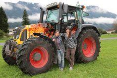 Für einen Kunden konnten wir seinen Fendt Traktor im Flammen Design bemalen. Fo… – Moritz Lehnert