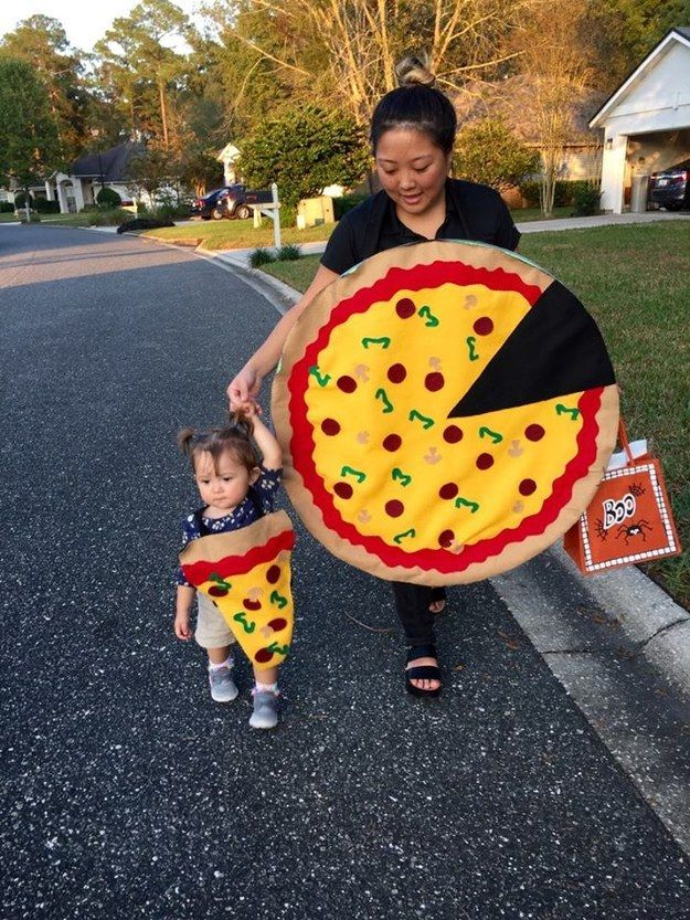 This kid as a teeny slice of pizza. | 28 Kids Who Totally Nailed This Halloween Thing