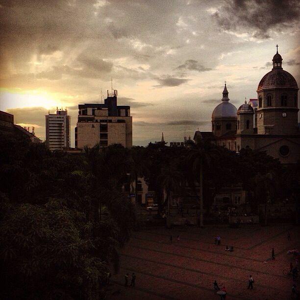 Plaza de Bolívar, Pereira - Colombia