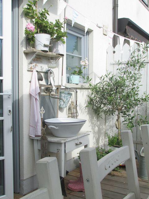 ber ideen zu shabby chic terrasse auf pinterest geschlossene veranda dekoration. Black Bedroom Furniture Sets. Home Design Ideas