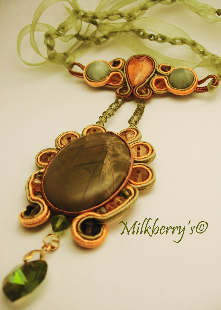 Handmade embroidery soutache necklace pendant.Soutache jewelry.Soutache embroidery.Bead embroidery.Gift under 30.