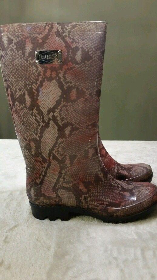 GUESS GWINOCEN INOCEN Women'sPremium designer Rain Boot / snow boots  8 #GUESSGWINOCENINOCENWomensRainBoot #rainwinterlongboot