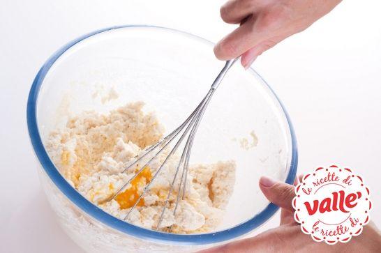 Ogni #chef ha i suoi segreti in cucina. Ecco che vi sveliamo il nostro per preparare una #torta sofficissima.  Invece il vostro #segreto qual è?