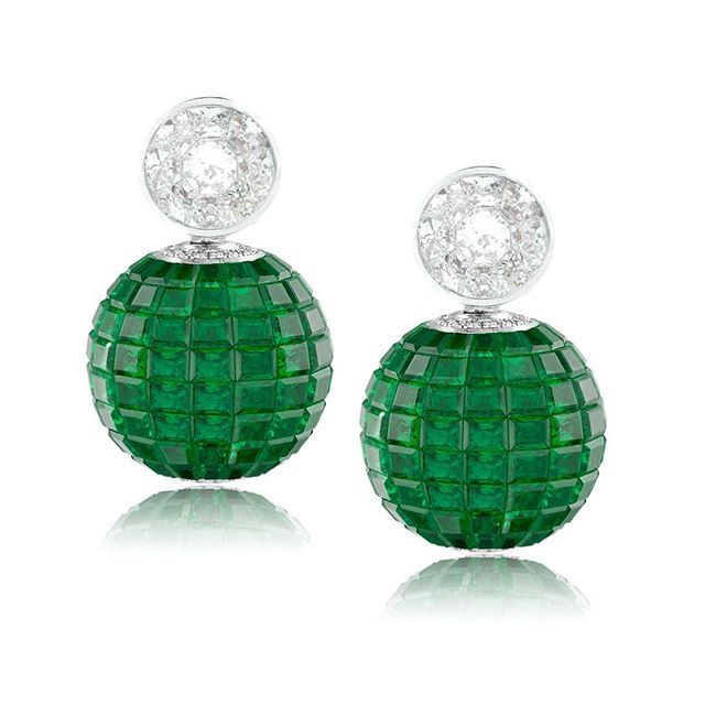 Stenzhorn Simply emeralds... #earrings#diamonds#emeralds#invisiblesetting#unique