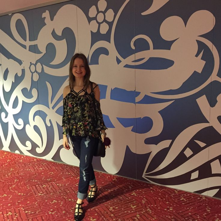 Dia de Cassino em Rivera!! Look cheio de tiras e super fashion! Amei!