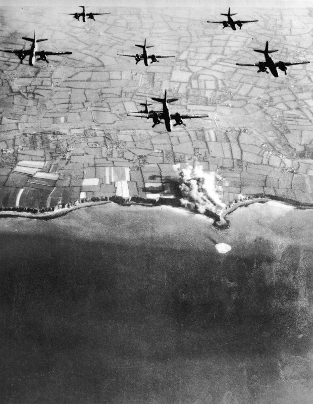 American air raid, 1944