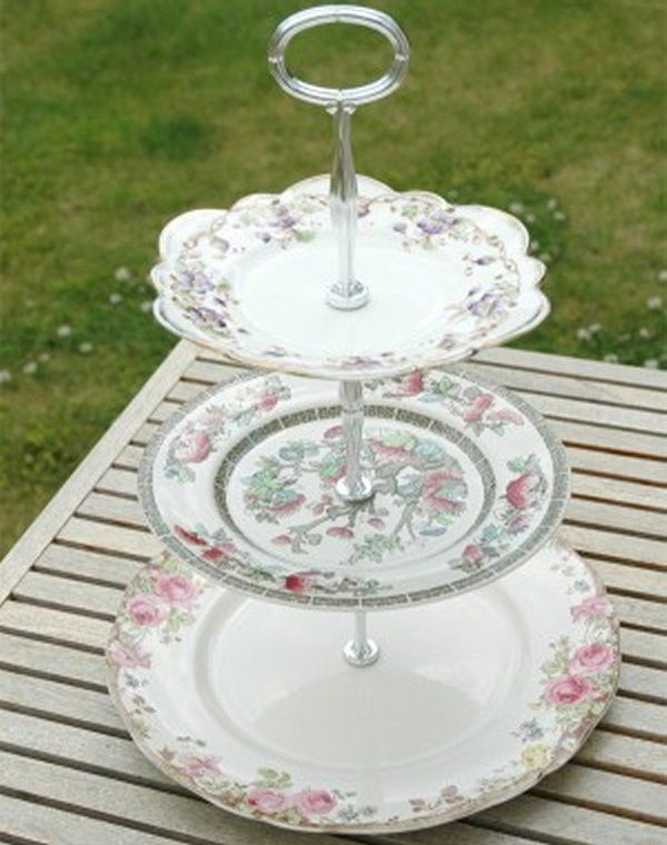Vintage plate cupcake stand ~ Click this link and go to a Yahoo search for vintage plate stands. & 64 best Dinner plates images on Pinterest | Dishes Vintage dishes ...