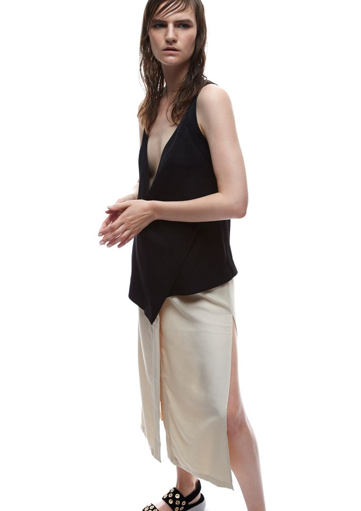 THIRD FORM SPRING 15 | ROBE WRAP TOP #thirdform #fashion #streetstyle #style #minimalism #trend #model #black&white