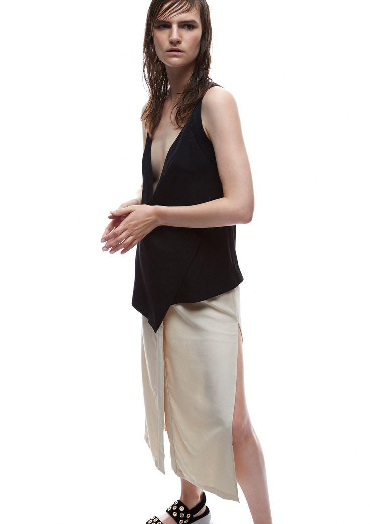 THIRD FORM SPRING 15 | ROBE WRAP TOP #thirdform #fashion #streetstyle #style #minimalism #trend #model #black&white