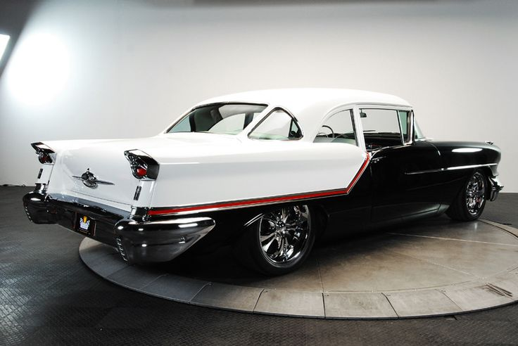 1957 Oldsmobile Golden Rocket 88 J2 - This must be teleported to my driveway without haste...