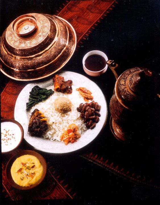 Visit the most popular sights of India including the Taj Mahal, Red Fort and Old Delhi and learn about Indian cuisine along the way. Tour: Flavours of Northern India. Image: Dinner at Chor Bizzare, Broadway Hotel