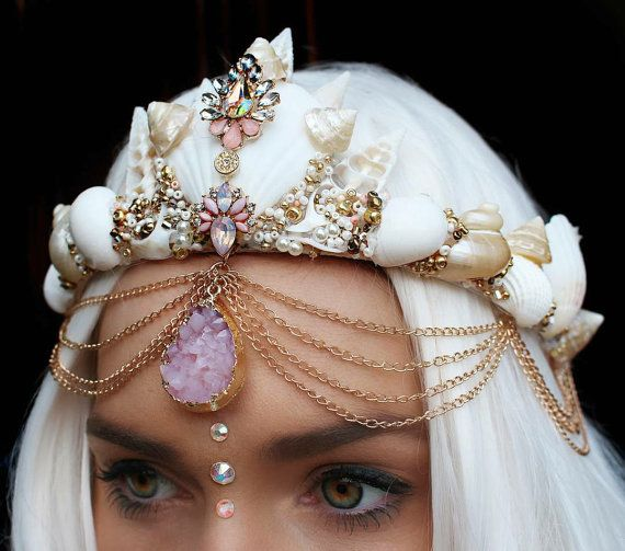 Goddess crown by chelseasflowercrowns on Etsy