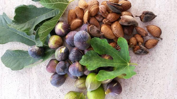 figs_almonds