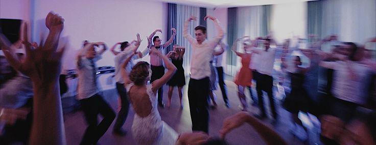 """Magda & Jakub on the Dancefloor - Gdzie Jest """"Love""""? #wedding #weddingvideo #weddingfilm #weddingvideography #destinationwedding #elopment #marriage #bride #groom #weddinginwarsaw #ślubwwarszawie #ślub #wesele #warszawa #hotelbrantwarszawa #lowlightproductions"""