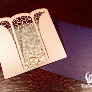 Virág mintás lézervágott esküvői meghívó #lézervágott #esküvői #meghívó #esküvőimeghívó #lasercutting #wedding #weddinginvitations #flowers