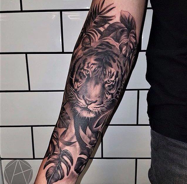 Half Sleeve Tattoo Ideas Halfsleevetattoos In 2020 Tiger Tattoo Sleeve Tiger Forearm Tattoo Animal Sleeve Tattoo