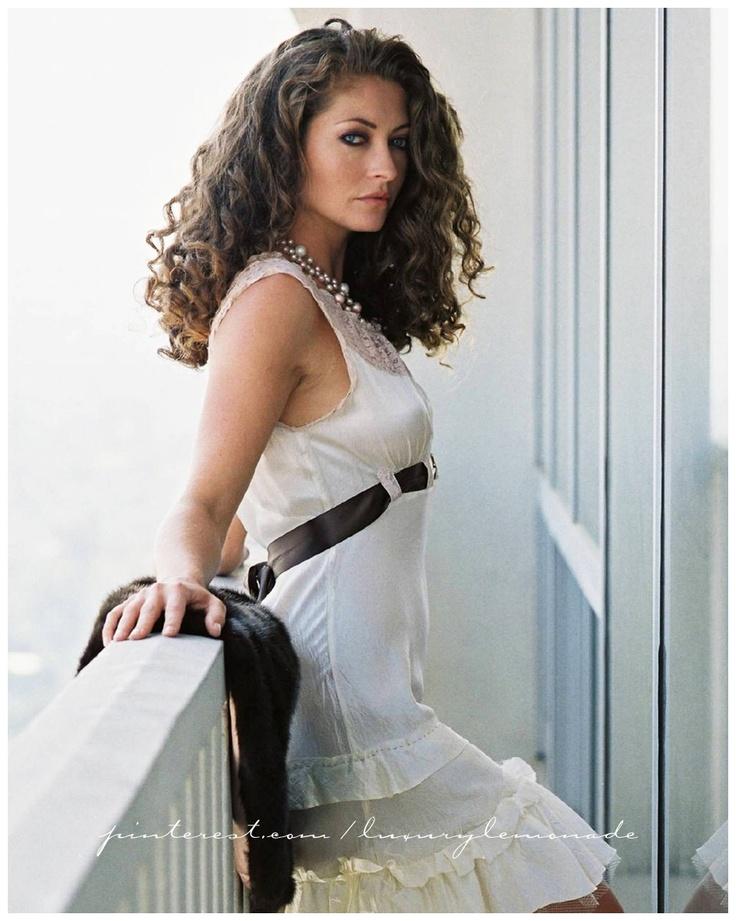 Rebecca Gayheart's fabulous white dress