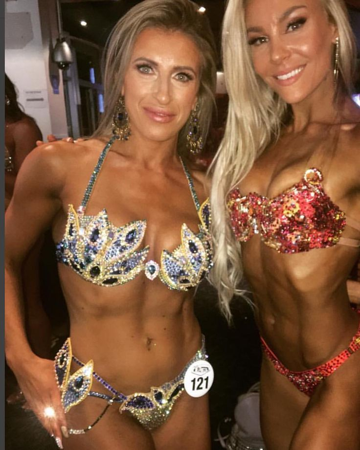 "360 Likes, 2 Comments - Cassia Mayos (@cassiamayosdesign) on Instagram: ""@rominafitt at the @wbff_official Worlds backstage with @hattieboydle. Romina is looking adorable…"""