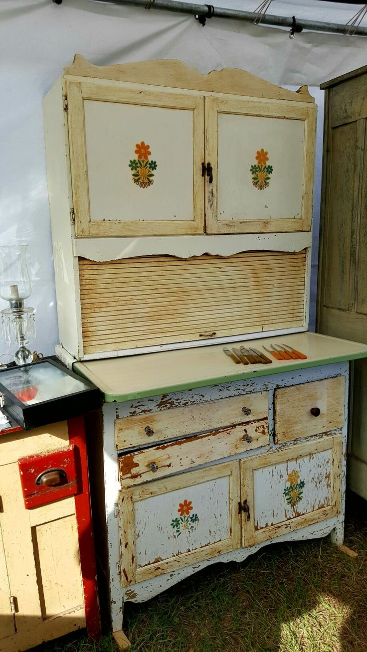 Nicely Painted And Stenciled Hoosier Type Cabinet At Mount Dora