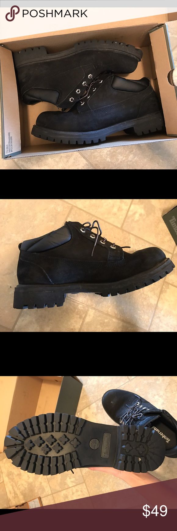 💥Moving SALE‼️Timberland men's boots Excellent condition. Only worn couple times! Size:9.5 ⚡️Save 15% on bundles! Timberland Shoes Boots