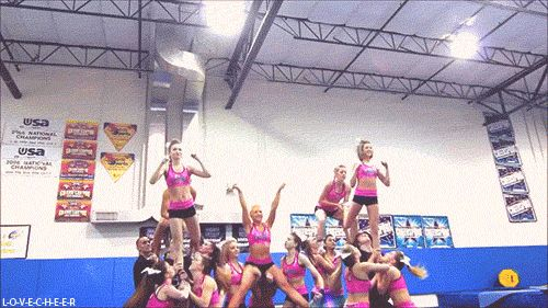 Wow I just think the centre flyer needs to do something amazing as well... Idk if this is legal for our squad, but that looks pretty sweet.