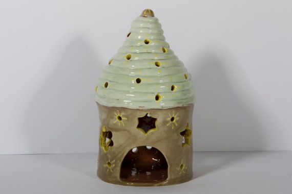 Guarda questo articolo nel mio negozio Etsy https://www.etsy.com/it/listing/493371578/porta-candele-in-argilla-dipinta-a-mano