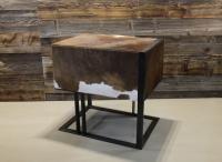 Mobile in ferro rivestito in pelle, per un moderno stile country!