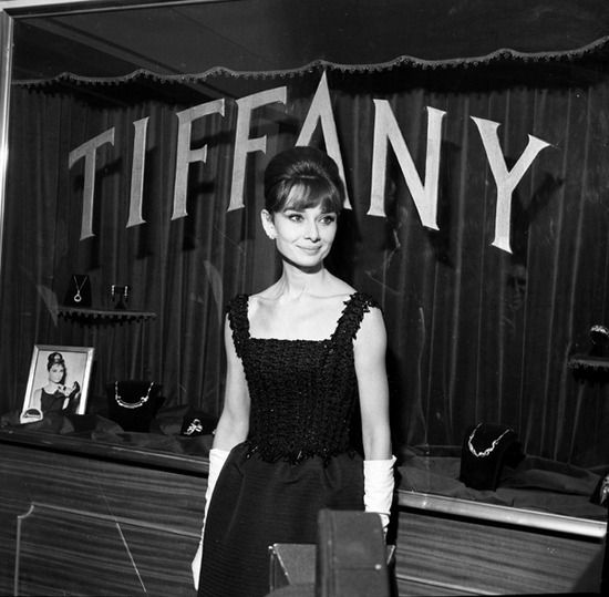 """Audrey Hepburn at the Cinema Fiammetta in Rome, after her arrival for the Italian premiere of her new movie """"Breakfast at Tiffany's"""", on November 17, 1961."""