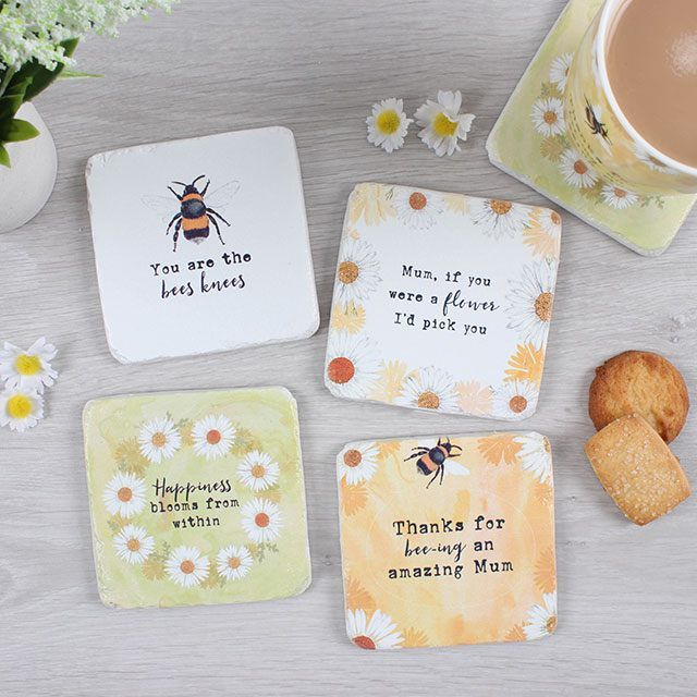 A Daisy Picking Coaster (2)